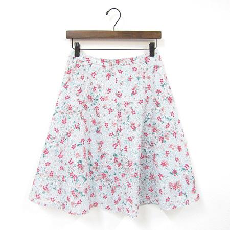 トッカトッカ  2018年 LAUNDRY LINE DANCING COREOPSIS スカート 花柄 刺繍 ライトグリーン
