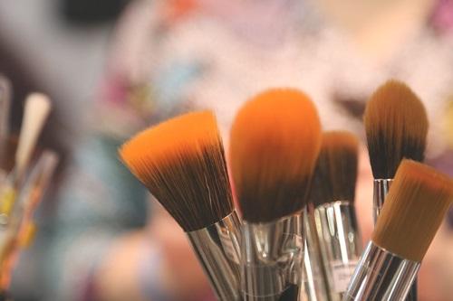 brushes-2224005_960_720