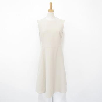 ヨーコチャン 2017年 Flared Dress ワンピース ベージュ