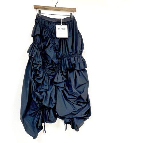 お買取したエンフォルドのギャザースカート